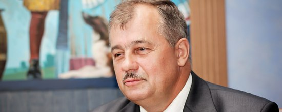 Депутат Петросовета Василий Шишка