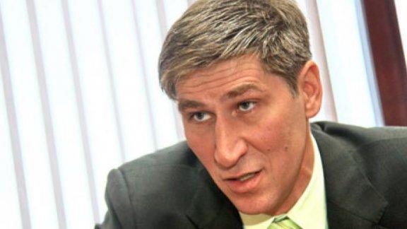 Бизнесмен Василий Попов, партия «Яблоко»