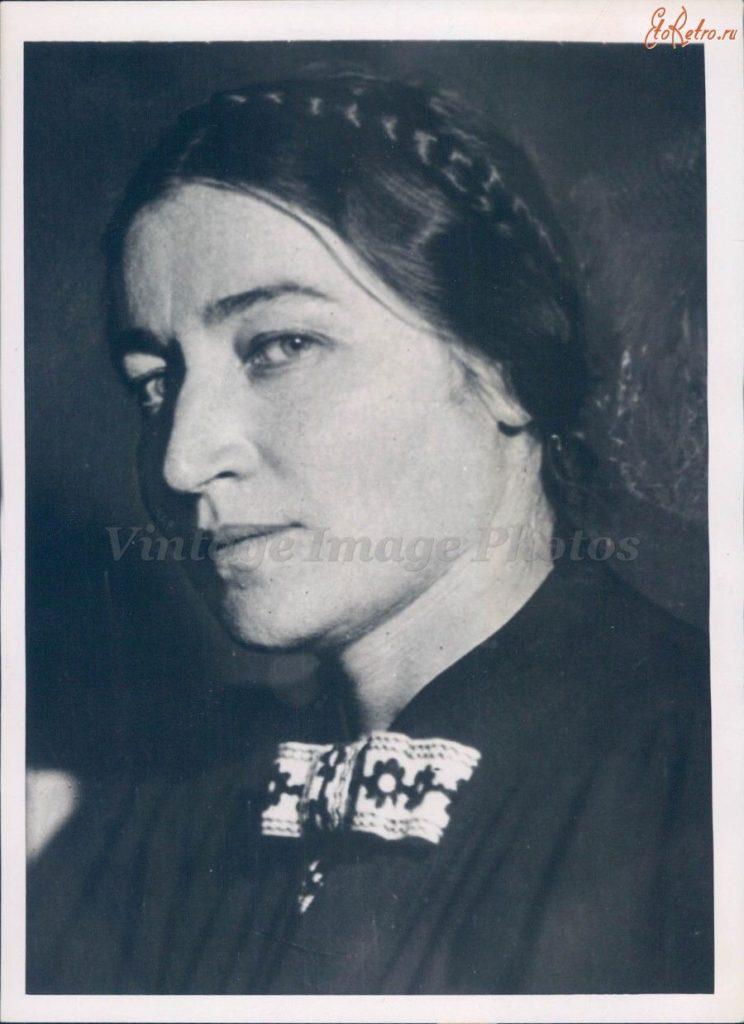 Жена В.М. Молотова — Жемчужина Полина Семеновна (Перл Семеновна Карповская)