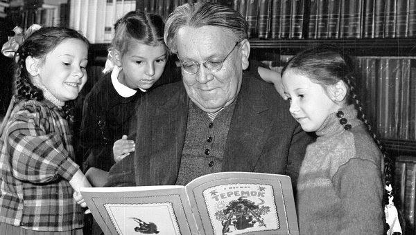 С.Я. Маршак и дети