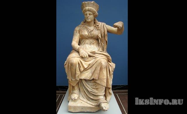 Богиня плодородия Кибела