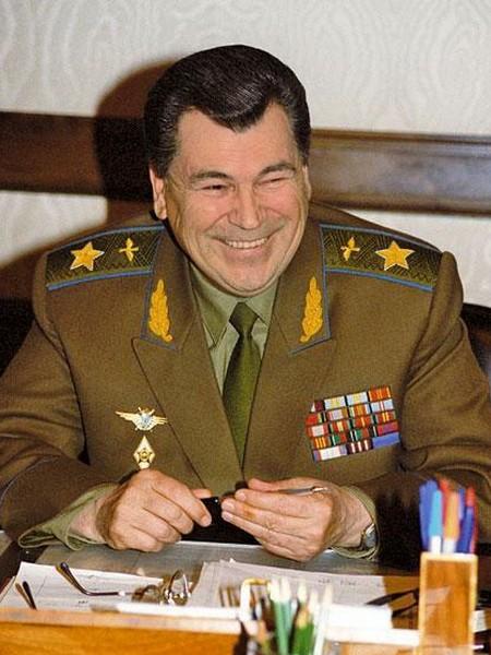 Последний Министр Обороны СССР — маршал Шапошников Евгений Иванович