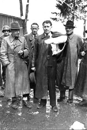 Вернер фон Браун в мае 1945-го года